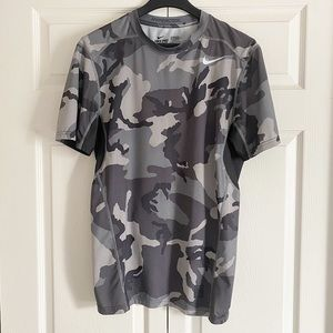 Nike Pro Combat Camo Grey Medium Shirt